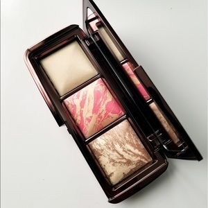 Other - Hourglass ambient diffused light Palette new